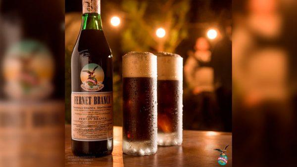 Fernet Branca cumple 175 años de historia ininterrumpiday los celebra conediciones limitadas y de colección
